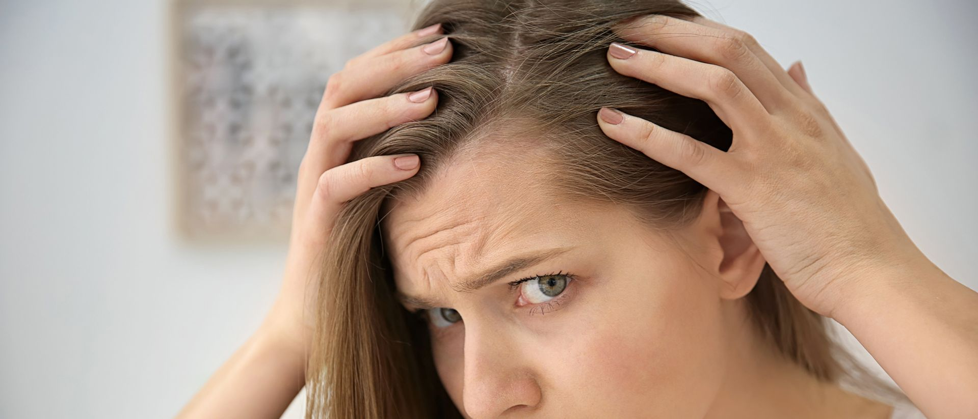 I danni dell'inquinamento atmosferico sui capelli